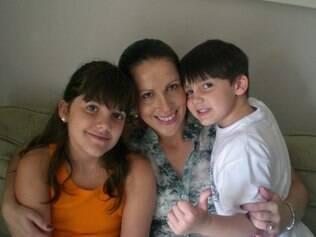 Adriana Viaro e os filhos: