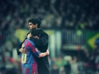 No amistoso entre Barcelona e Porto, o técnico holandês promoveu a estreia de Messi