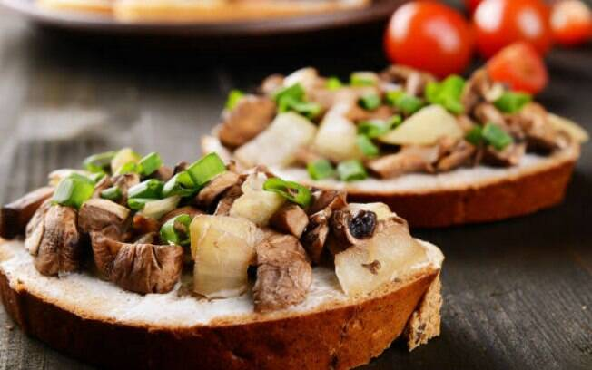 Bruschettas de cogumelos