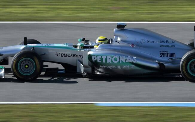 Carro da Mercedes em ação
