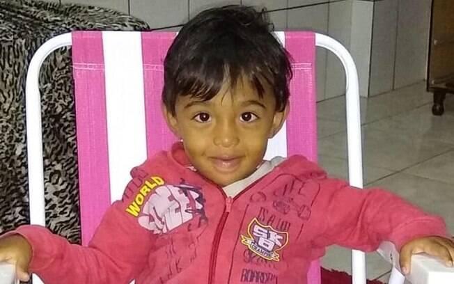 Menino de três anos foi baleado pelo pai e passou uma semana internado