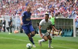 Bahia fica com um a menos, sai atrás, mas busca empate contra o Goiás