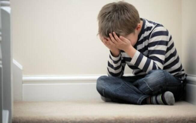 Educação sexual pode ajudar criança a identificar abuso, afirmam especialistas