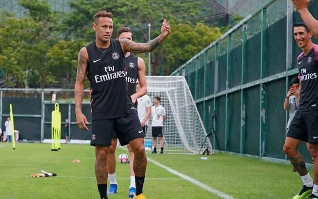 Neymar treina hoje pela primeira vez após suas férias