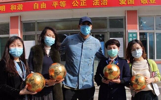 Fellani deixou hospital na China