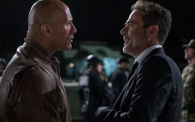 The Rock e Morgan em cena de Rampage: Destruição Total