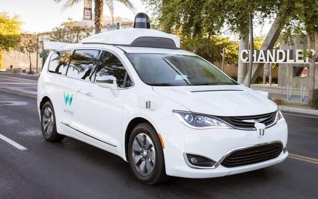 A Waymo, do grupo Google, tem uma parceria com a FCA no desenvolvimento de autônomos a partir da van Pacifica