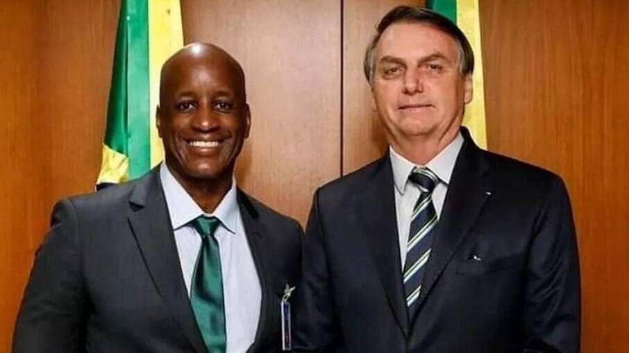 'Negrada escrava da esquerda', diz Camargo ao ter conta desativada no Instagram