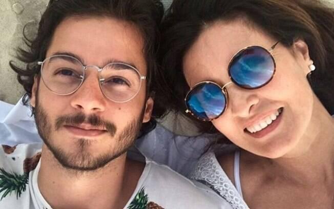 Fátima Bernardes curte Olinda ao lado do namorado Túlio Gadêlha