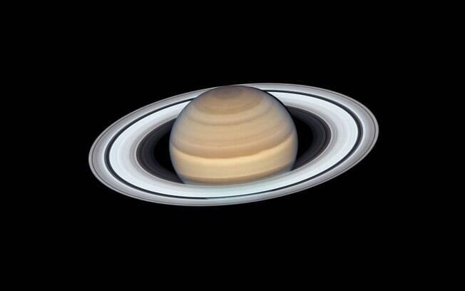 Foto mais recente de Saturno tirada pelo Hubble