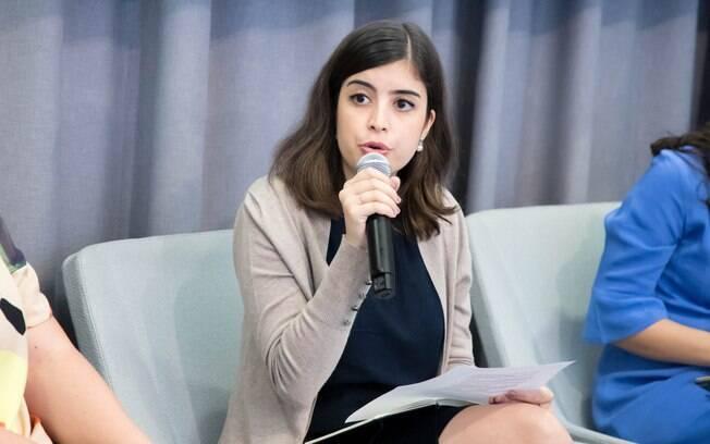 """A deputada federal Tabata Amaral (PDT-SP) durante painel """"As Políticas Ambientais de Bolsonaro e o Futuro da Floresta Amazônica"""" no Puck Building, em Nova York"""