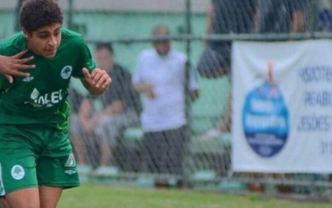 Filho de Adriano Imperador joga no sub-12 do Boavista