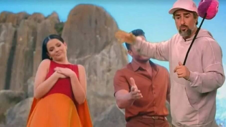 No 'Caldeirão, Marcos Mion brinca com clipe de Juliette e Wesley Safadão
