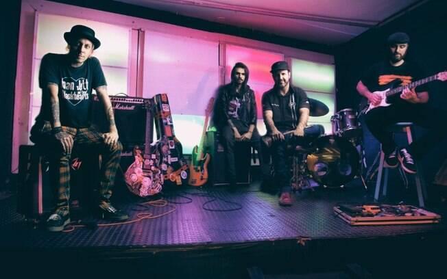 Banda de Santos participa de live em estúdio de Campinas