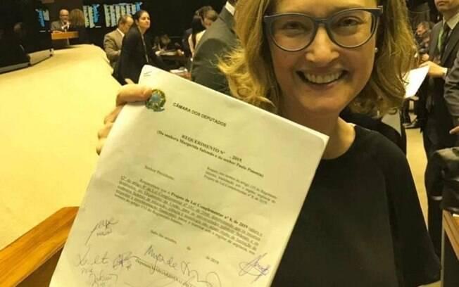 Maria do Rosário é autora do projeto de lei complementar que proíbe o corte de verbas em universidades federais