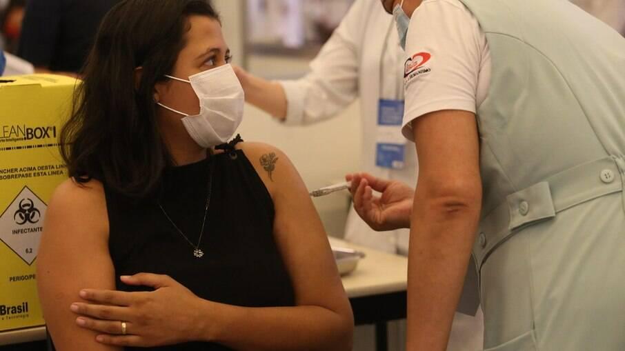Covid: Carteira Digital de Vacinação permite ver dados sobre doses aplicadas