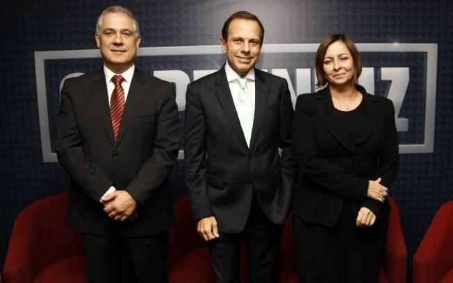 Cláudio Forner, João Doria Jr. e Carla Pernambuco