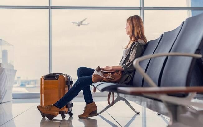Escolher um destino mais tranquilo pode providenciar uma viagem sem perrengues.