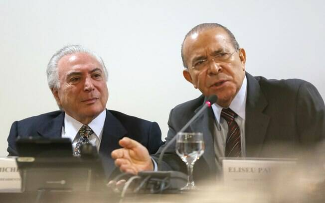 Presidente Michel Temer e o ministro Eliseu Padilha durante reunião sobre a greve dos caminhoneiros nesta manhã
