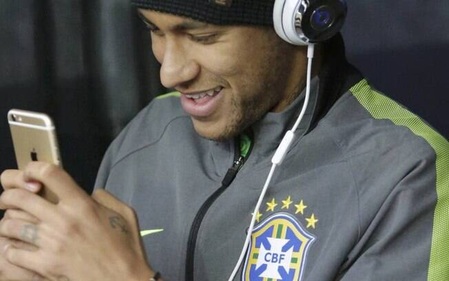 Neymar no celular