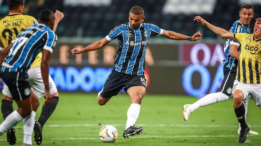 David Braz rescinde com Grêmio