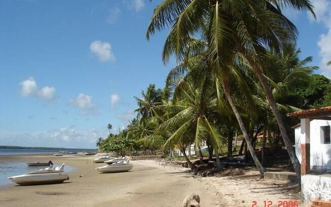 Mangue Seco já foi cenário de novela e é um local para prática de esportes como kitesurfe
