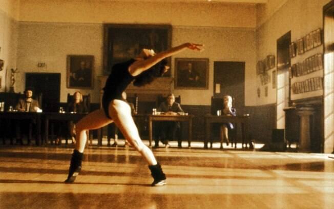"""Flashdance... What a Feeling (Irene Cara ) é uma das músicas que se destacou em  """"Flashdance"""""""