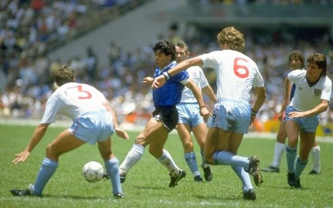 Naquele mesmo jogo, fez um dos gols mais  bonitos das Copas do Mundo. Ele partiu de trás do  meio de campo e driblou quem apareceu pela frente
