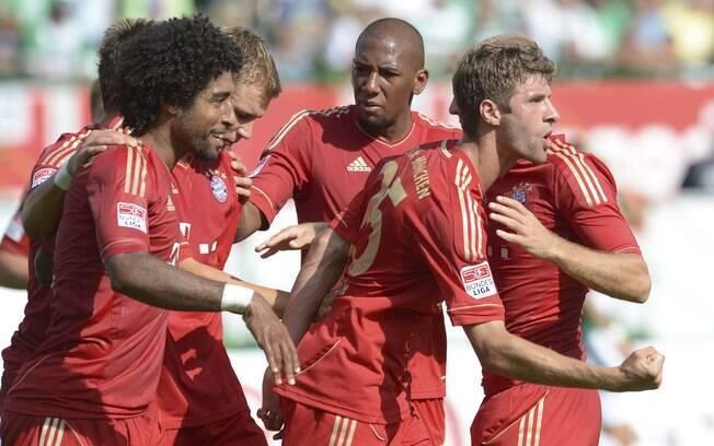 Trajetória no Campeonato Alemão começou com  uma vitória tranquila sobre o Greuther Furth por 3  a 0