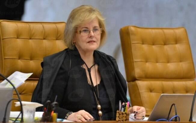 A ministra Rosa Weber deu cinco dias para Presidência explicar reajuste nos combustíveis; entenda a polêmica