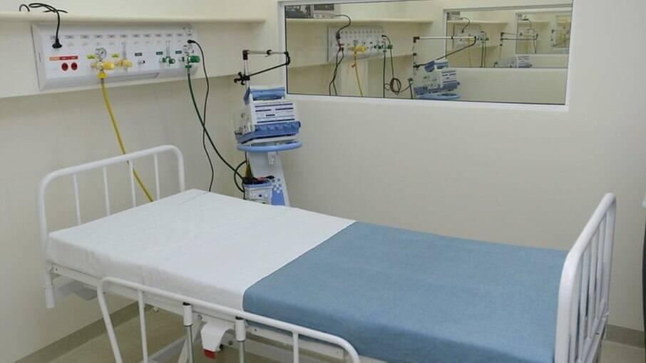 Surto de Covid-19 deixa 4 mortos e 73 infectados em hospital de Porto Alegre