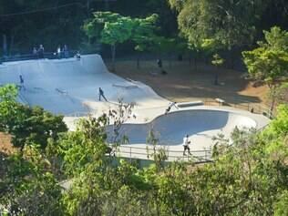 Cidades - Belo Horizonte , Mg . Parque das Mangabeiras . A beleza de um dos mais bonitos parques do Brasil .  Na foto , pista de skate Fotos: Leo Fontes / O Tempo - 24.9.14