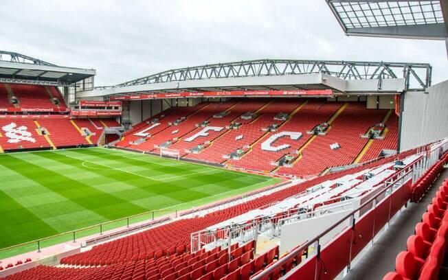 Anfield é a casa do Liverpool, time cuja torcida é considerada a mais fanática do mundo