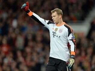 Neuer voltou aos treinamentos e nesta segunda completou a segunda atividade depois da recuperação física
