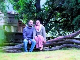 Bucólico. Em busca do clima de interior, o casal Glauco Gonçalves Dias e Paula Miranda comprou e reformou uma casa antiga em Raposos