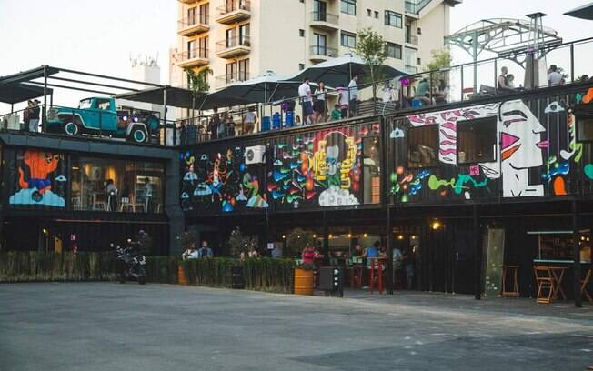 Pré-Carnaval gratuito no terraço do Lá Em Cima Bar