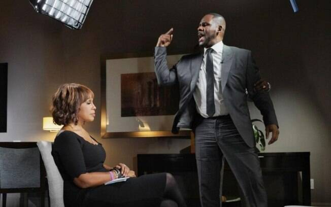 R Kelly em entrevista à CBS