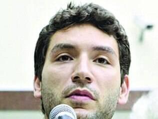 Possibilidade. Iran Barbosa acredita que precisará de menos votos para ser eleito, e Luzia Ferreira destaca a diminuição do quociente