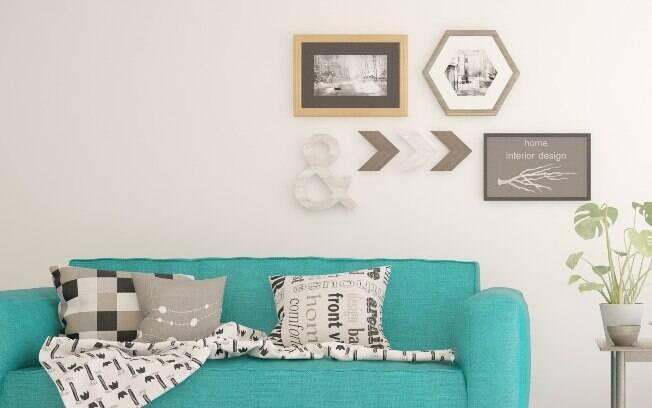 Um das dicas de decoração para a sala é apostar em quadro para deixar o ambiente leve e cheio de vida