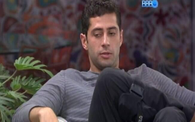 Marcelo lamenta fim do relacionamento com Angela
