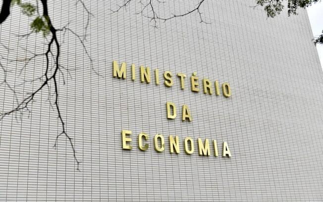 Ministério da Economia é autorizado a abrir processo seletivo para 100 vagas