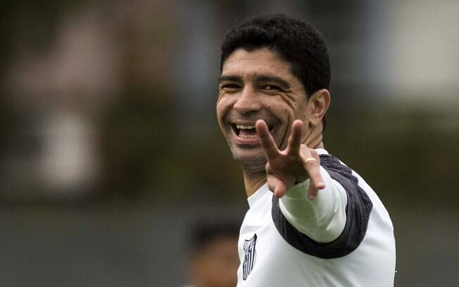 Volante Renato será reserva no clássico contra o São Paulo