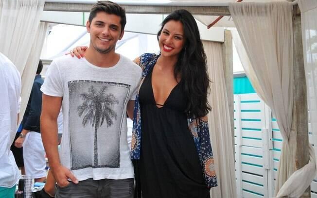 Bruno Gissoni e Yanna Lavigne são pais de Madalena