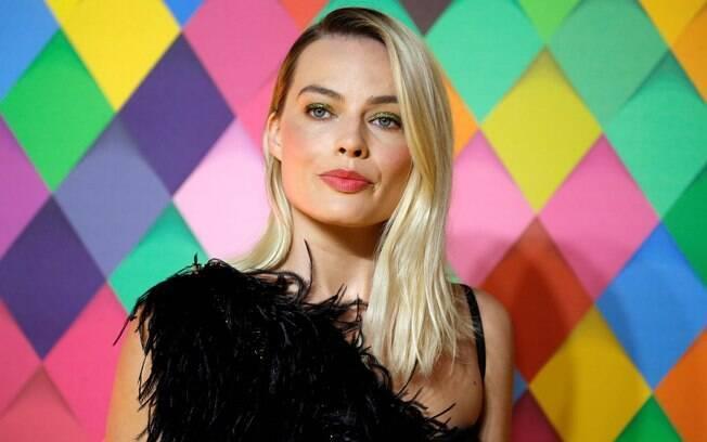 Margot Robbie também reivindicou homossexualidade de Arlequina