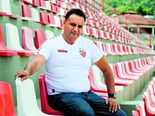 Dura realidade. Aécio Prates, presidente do Villa Nova eleito em 2014, fala do momento difícil vivido pelo tradicional clube de Nova Lima