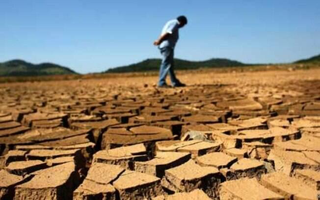 Em 2014, País passou por grave crise hídrica. Para o ano que vem, Marte fala de inundações ou do agravamento da seca. Ou vem água demais ou de menos