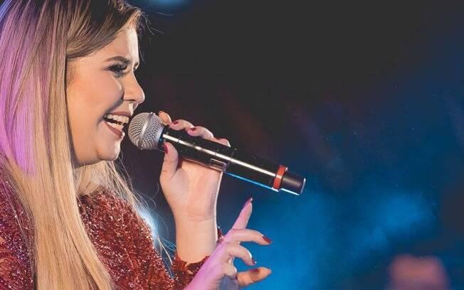 Marília Mendonça inspirou-se na história de traição da tia para escrever a música Infiel