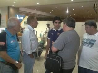 Dirigente celeste recebeu delegação do Cerro no aeroporto