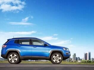 Jeep Compass mira rivais como Hyundai ix35, Kia Sportage e companhia