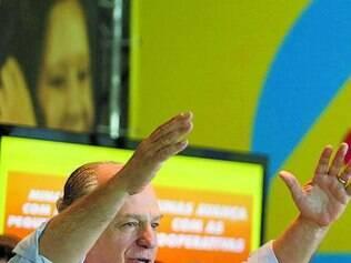 Pimenta prometeu construir 100 mil casas populares, caso seja eleito governador